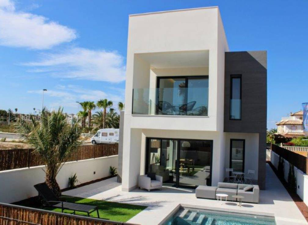 For sale - Detached Villa - Guardamar & Vega Baja - La Marina Pinet